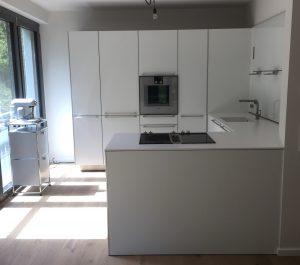 Küche mit 12mm Stein Platte